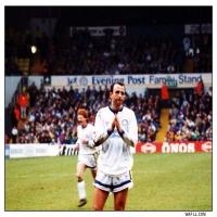 Gary Applauds The Fans