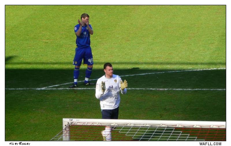Andy And Darren Applaud