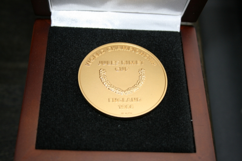 Les Cockers World Cup Medal